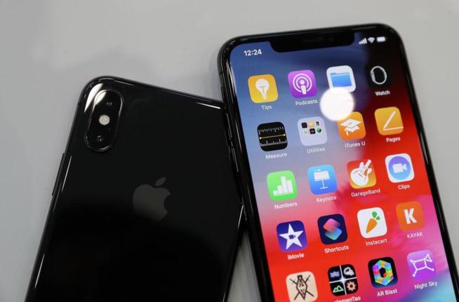 Les marques chinoises battent l'iPhone sur le prix mais aussi les fonctionnalités, selon les détaillants