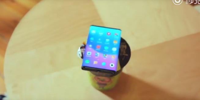 Le téléphone pliable de Xiaomi apparaît dans une nouvelle vidéo