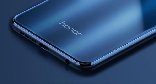 Indépendant de Huawei, Honor retrouve les services mobiles de Google