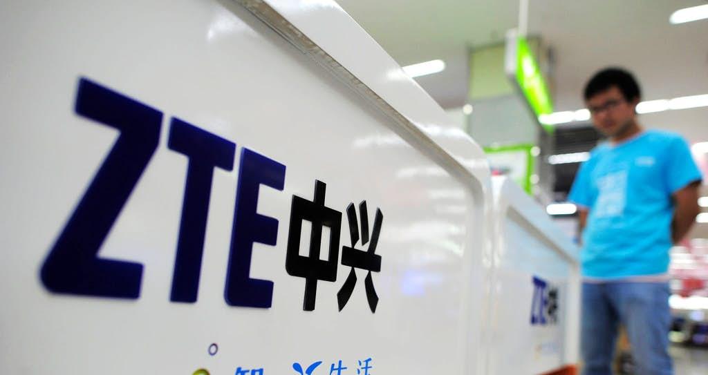 Les expéditions de smartphones de ZTE ont chuté de moitié au T1 2018