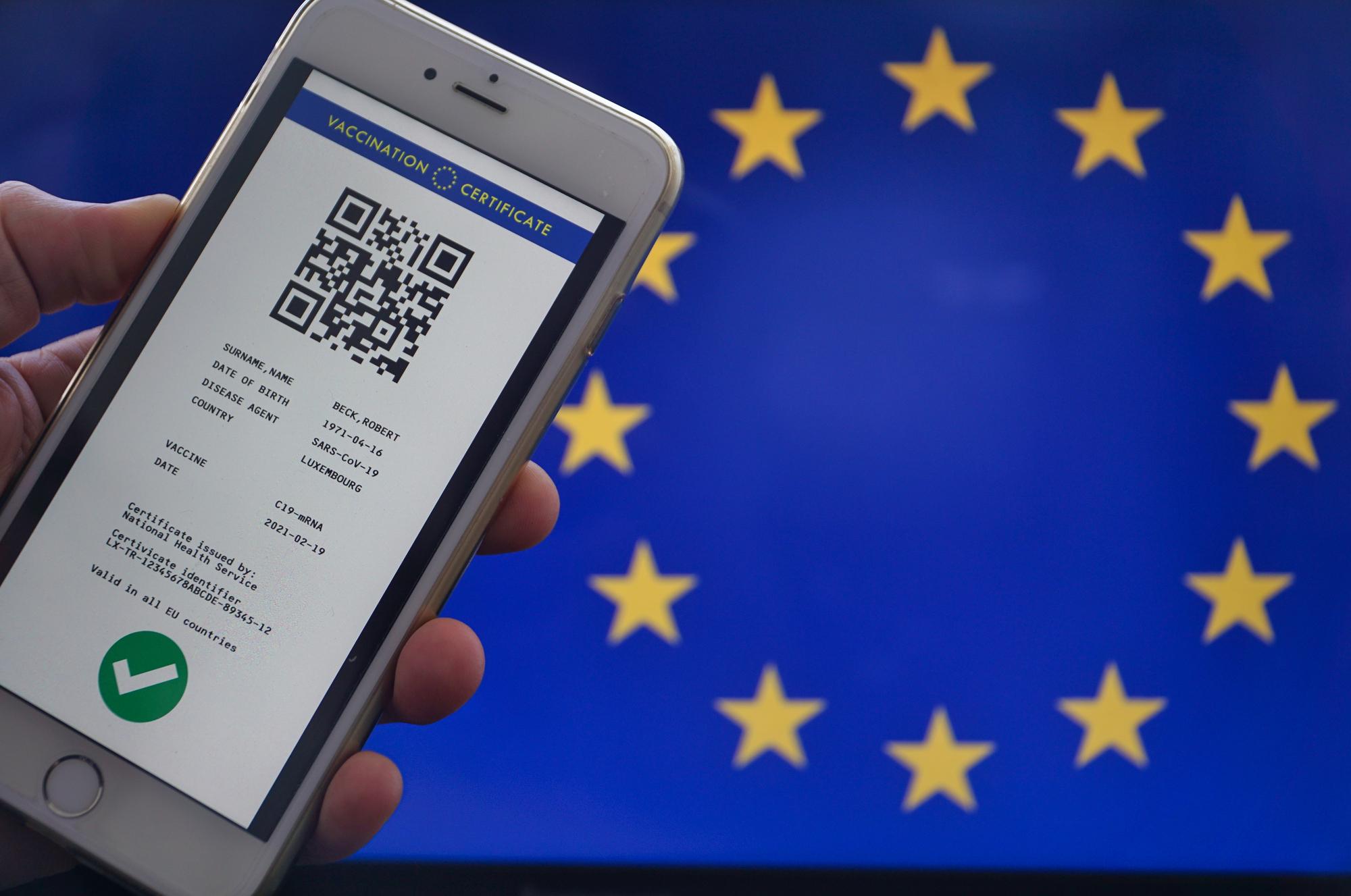Le pass sanitaire européen vient compléter le pass sanitaire français