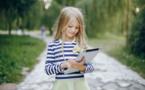 Les enfants passent en moyenne 104 minutes par jour sur un écran numérique