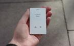 Le Light Phone 2 est un téléphone ultra-minimaliste qui ne fait que l'essentiel